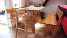 Quality over quantity. The kitchen furniture comes from an old small shop owned by a Norwegian wood maker